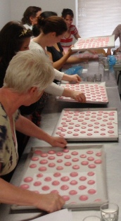 Baking Courses Secrets of the Perfect Macaron by Gânache Chocolate