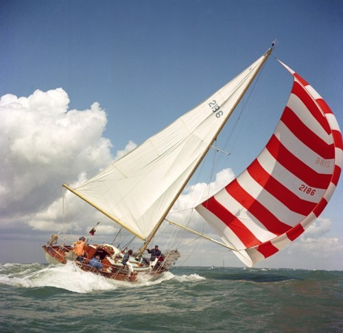 Outdoor & Adventure Classes Keelboat Spinnaker Training by Royal Melbourne Yacht Squadron