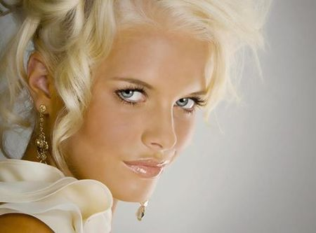 Hair & Makeup Courses Express Beginners Professional Makeup Course by Joanna Blair School of Makeup