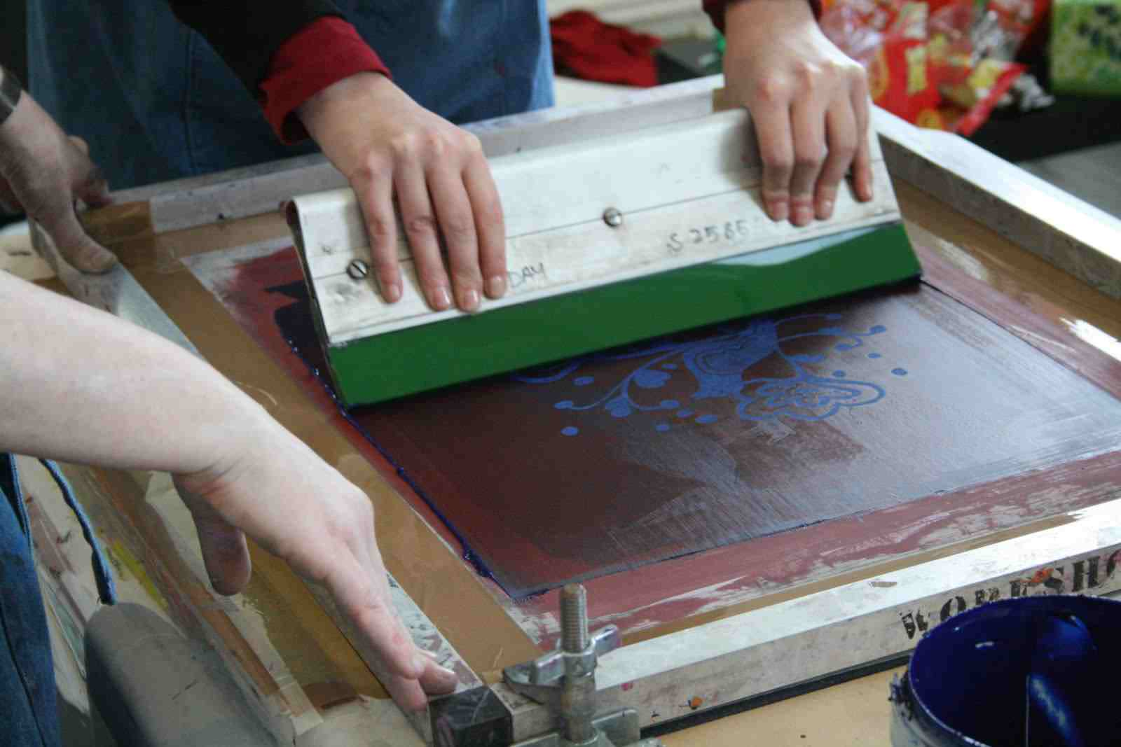 Kids Activities Screen Printing by Artea Art School Community and Party Venue