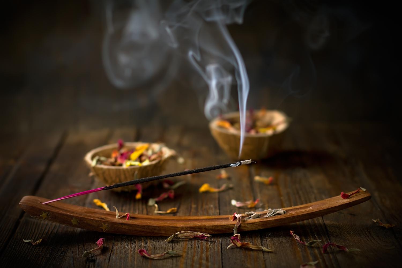 Incense Making at Work-Shop (Via Medical Daily)